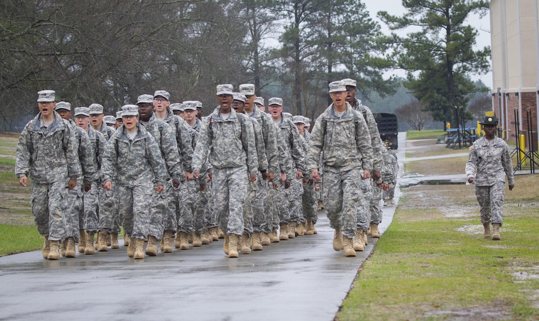 A U.S. Army drill sergeant marches her platoon to chow during white phase of basic combat training at Fort Jackson, S.C., March 14, 2015. (U.S. Army photo by Sgt. Ken Scar)