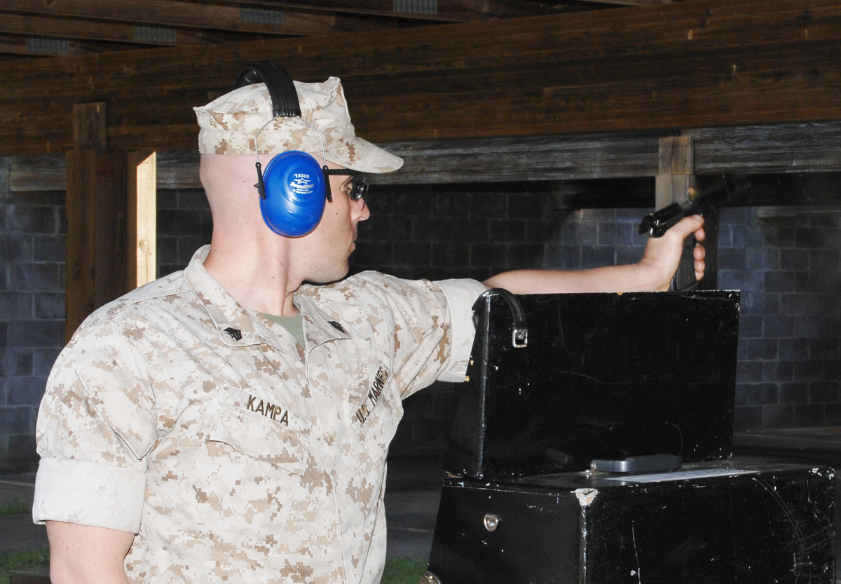 Marines practice for upcoming shooting match