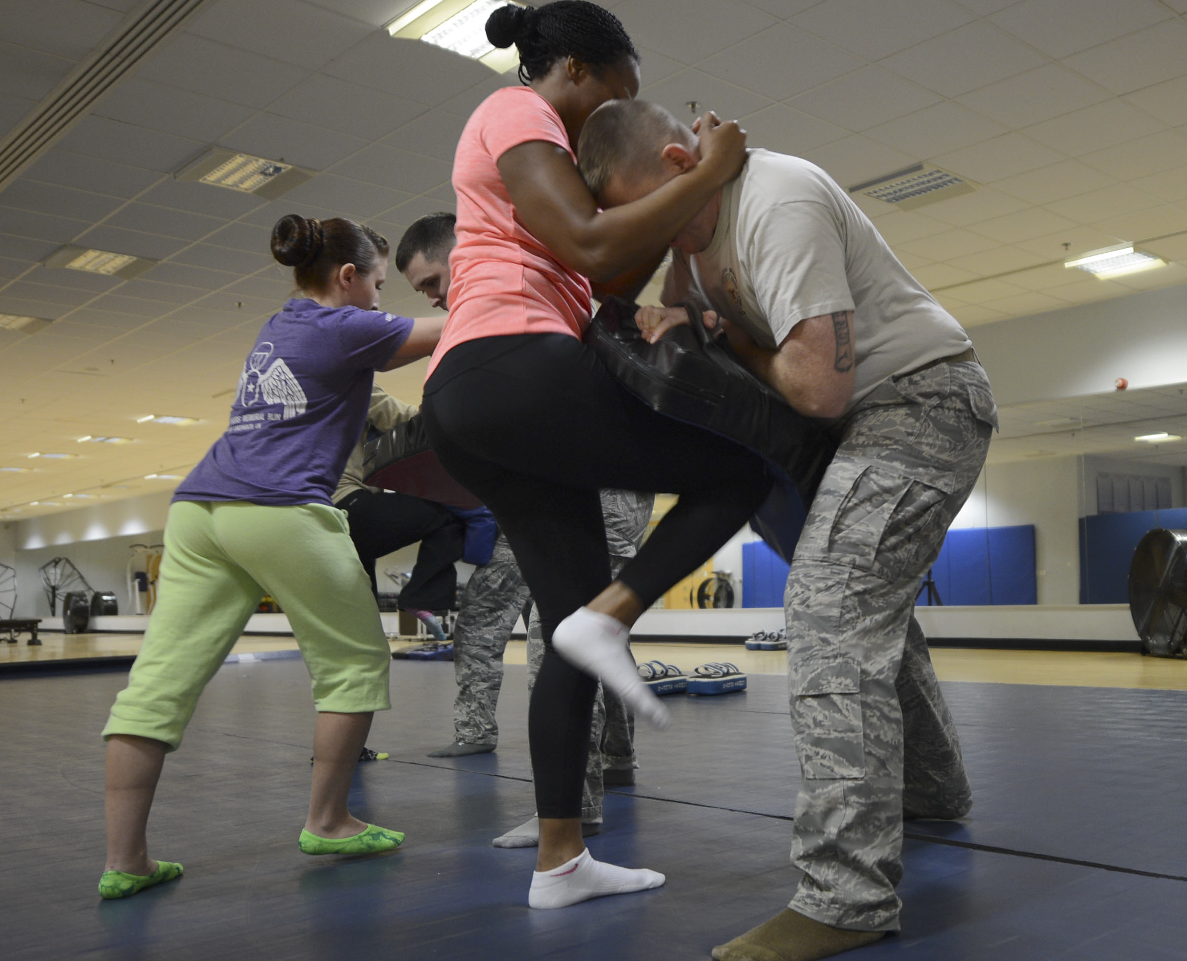 Lakenheath Women Learn Self-defense Skills, Build Confidence