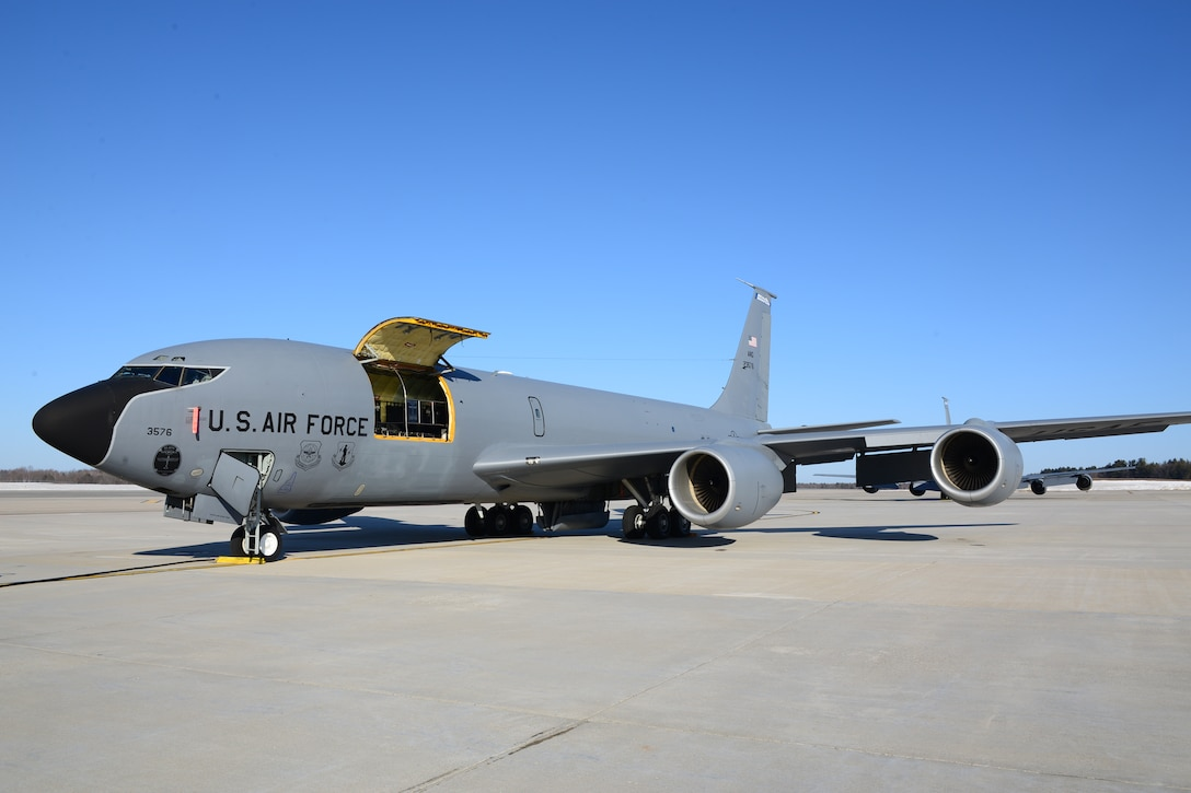 A New Hampshire Air National Guard KC-135R Stratotanker, Tail Number 3576, joins the ranks of other outstanding aircraft when it achieved black-letter status  March 24, 2015, at Pease Air National Guard Base, N.H. Black-letter status is achieved when a plane has no known discrepancies before flight. (Air National Guard photo by Airman Ashlyn J. Correia/RELEASED)