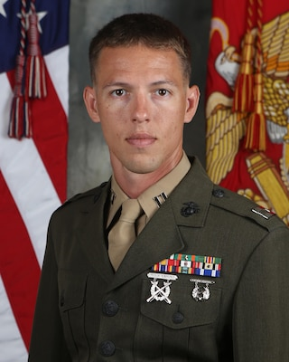 Captain Scott Jennings 1st Marine Division Leaders
