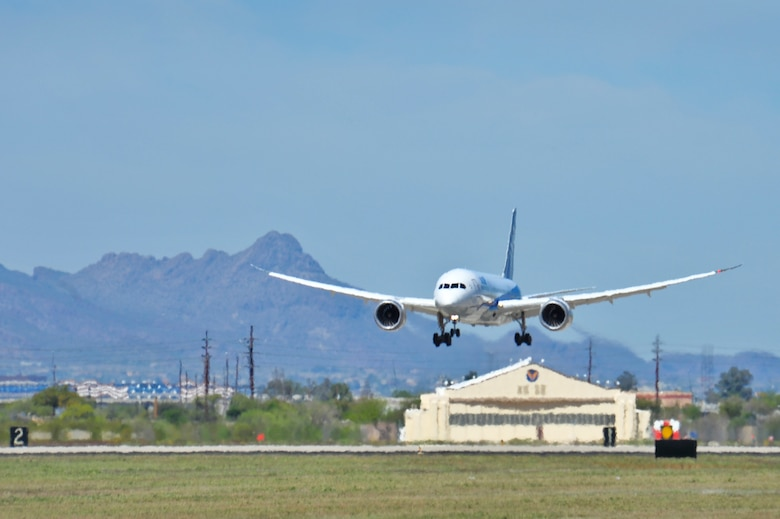 A Boeing 787-8 Dreamliner approaches the runway at Davis-Monthan Air Force Base, Ariz., March 26, 2015.  After landing, the Dreamliner was defueled and towed to the Pima Air & Space Museum.  (U.S. Air Force photo by Airman 1st Class Chris Massey/Released)
