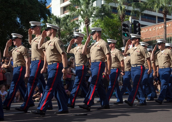 Marine Rotational Force - Darwin march for ANZAC Day > U S  Marine