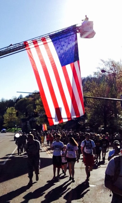 Members of the 134th Air Refueling Wing participate in the Annual Mountain Man Memorial March in Gatlinburg, Tn. The march was established to honor those who have fallen in battle. (Air National Guard photo)