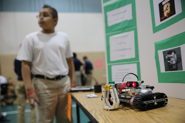 Students at Bolden Elemen¬tary School on Laurel Bay held their third annual STEMposium event, May 1.  STEMposium is the culmina¬tion of the science, technology, engineering and mathematics, or STEM, curriculum. Students in STEM learn how to apply these subjects in everyday life.