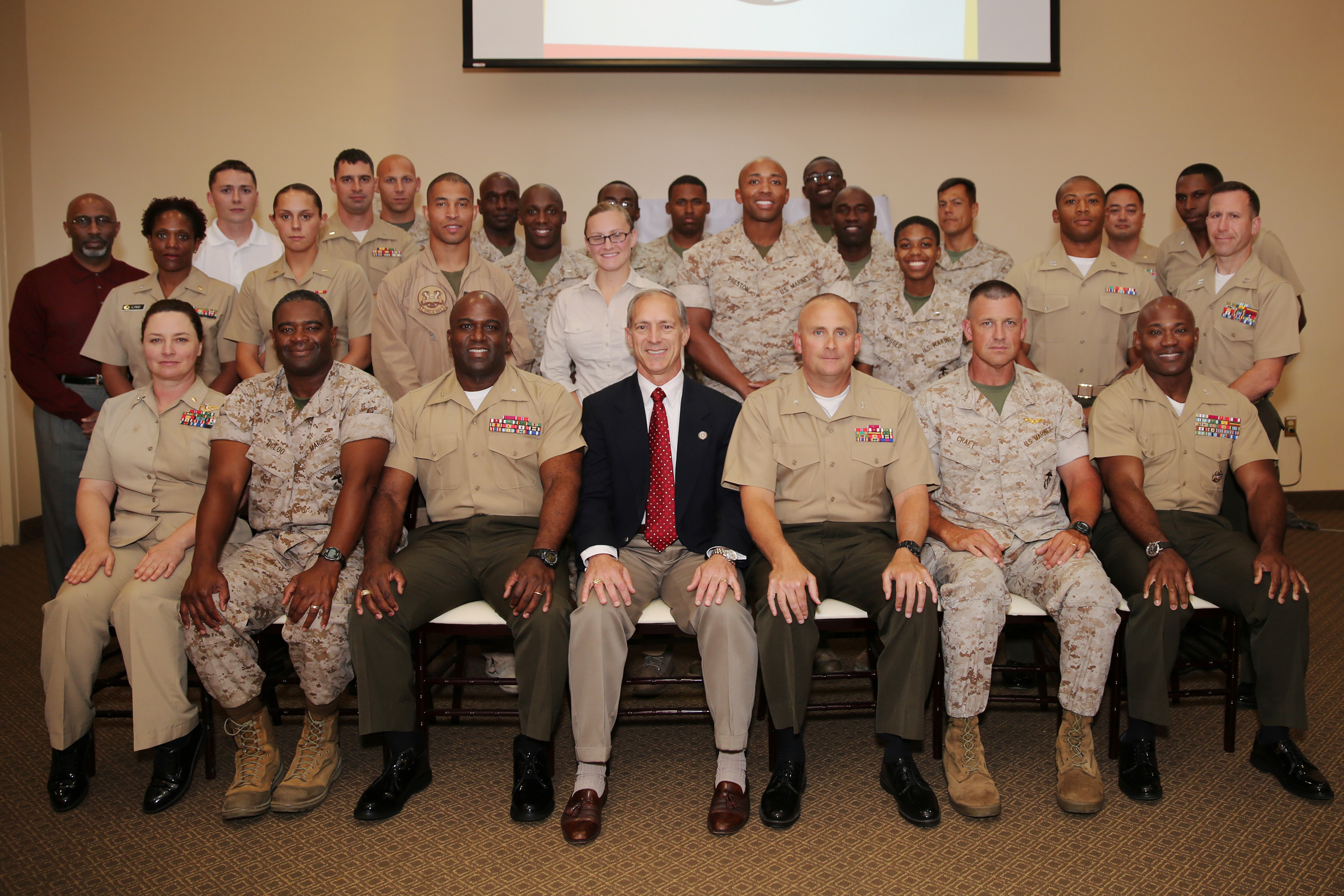 camp pendleton officers hold leadership seminar u003e marine corps