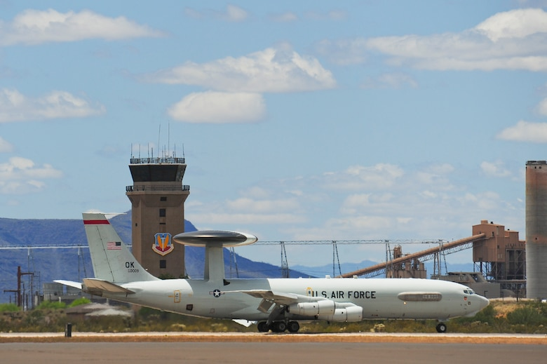 An E-3 Airborne Warning and Control System aircraft from Tinker Air Force Base, Okla., lands on the flightline at Davis-Monthan AFB, Ariz., May 16, 2015. Eight AWACS arrived here due to tornado alerts in Oklahoma. (U.S. Air Force photo by Airman 1st Class Chris Massey/Released)