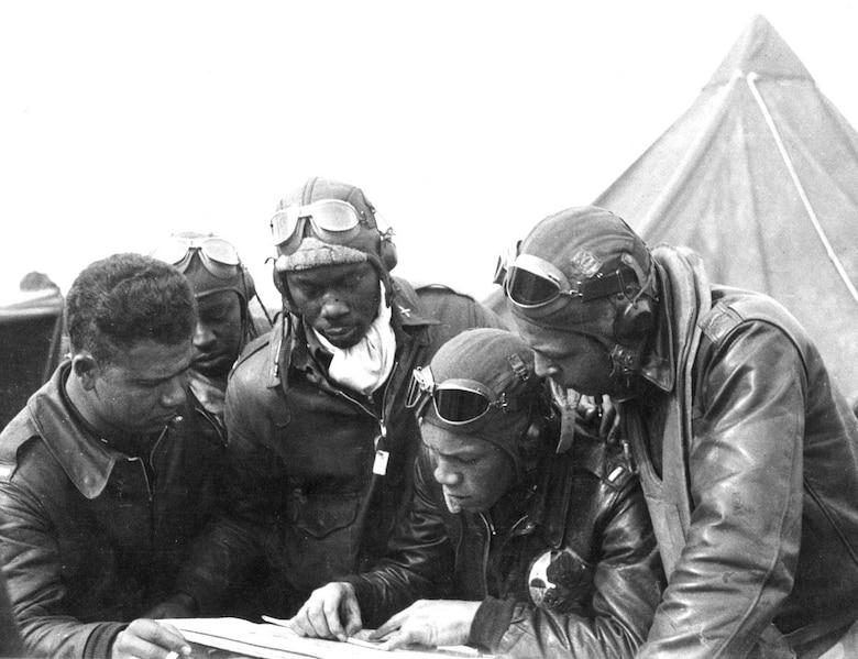 Photo, courtesy of the Tuskegee Airmen.