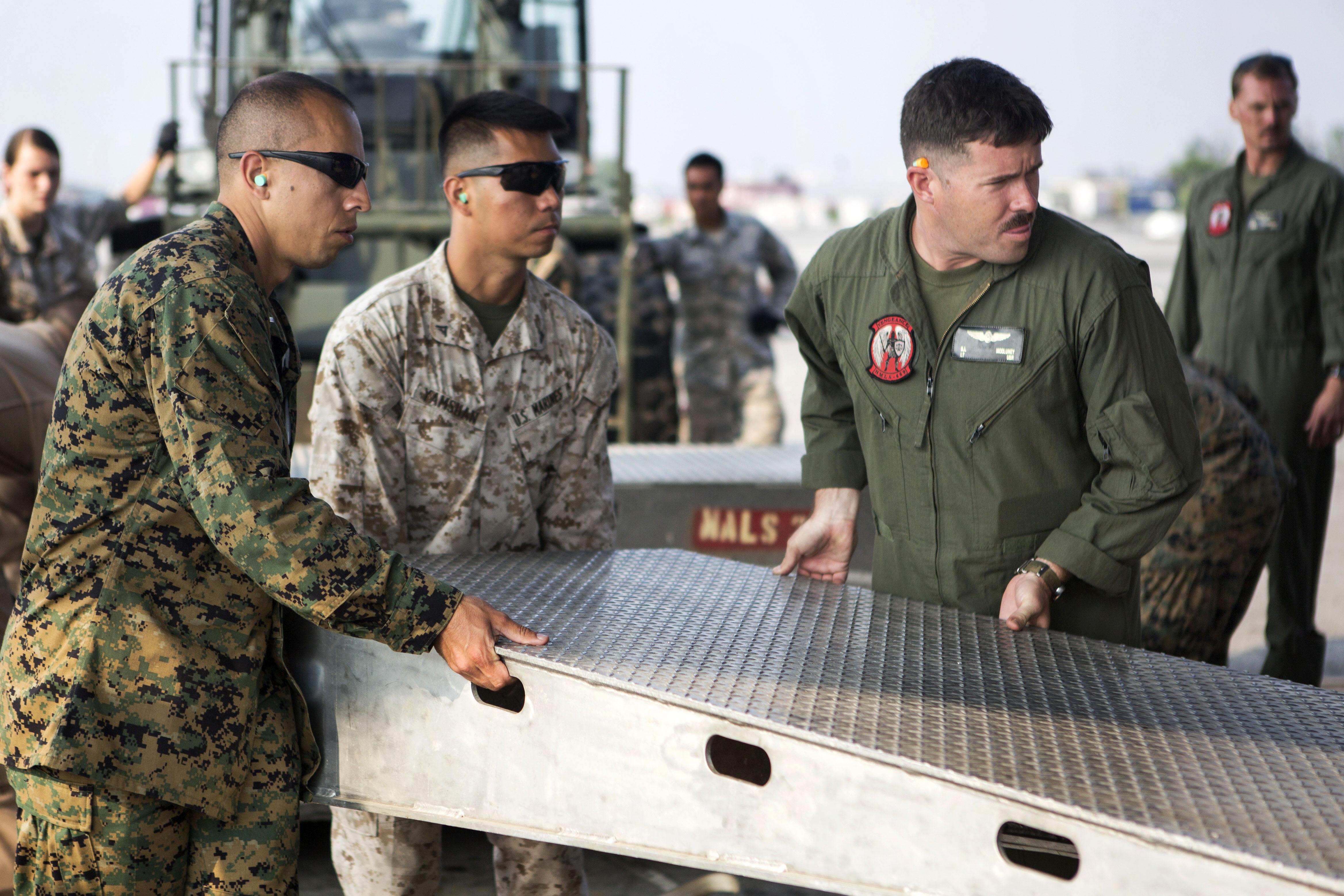 military service should be compulsory essay