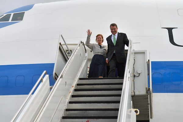 Defense Secretary Ash Carter, and his wife, Stephanie, arrive in Honolulu, May 26, 2015, the first stop on his 10-day trip to the Asia-Pacific. He will attend change-of-command ceremonies for U.S. Pacific Command and U.S. Pacific Fleet. Carter also plans to visit Singapore, Vietnam and India to strengthen regional ties and further develop partnerships. DoD photo by Glenn Fawcett