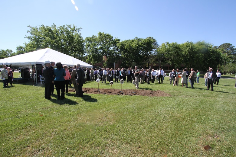 HAMPTON, Va. -- A crowd gathers for the NASA Computational Research Facility groundbreaking at NASA Langley Research Center May 22, 2015. The 40,000-square-foot center; the construction of which will be overseen by the Norfolk District, U.S. Army Corps of Engineers; will provide a consolidated data center and high-density office space. (U.S. Army photo/Kerry Solan)