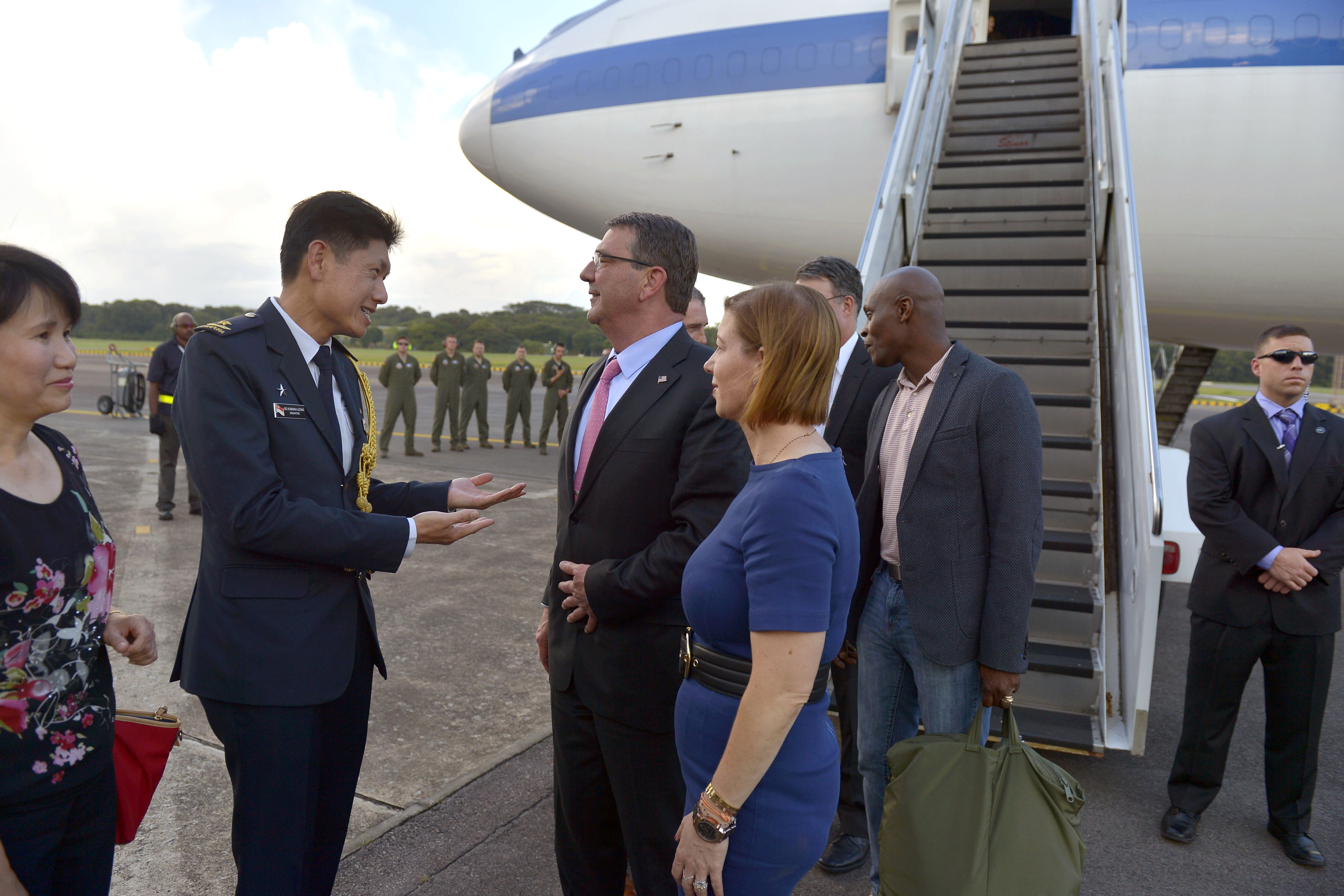 Defense secretary ash carter and his wife stephanie talk with