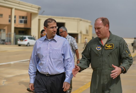 U.S. Ambassador to Israel, Daniel Shapiro, meets with Lt. Col. John Stratton, 493rd Fighter Squadron commander, at Uvda Air Force Base, Israel, Oct. 26, 2015. Ambassador Shapiro visited U.S. participants in the Israeli air force's Blue Flag exercise, which provides an opportunity for the IAF to train with their allies and strengthen bonds between partner nations. (U.S. Air Force photo by 2nd Lieutenant Kellie Rizer/Released)