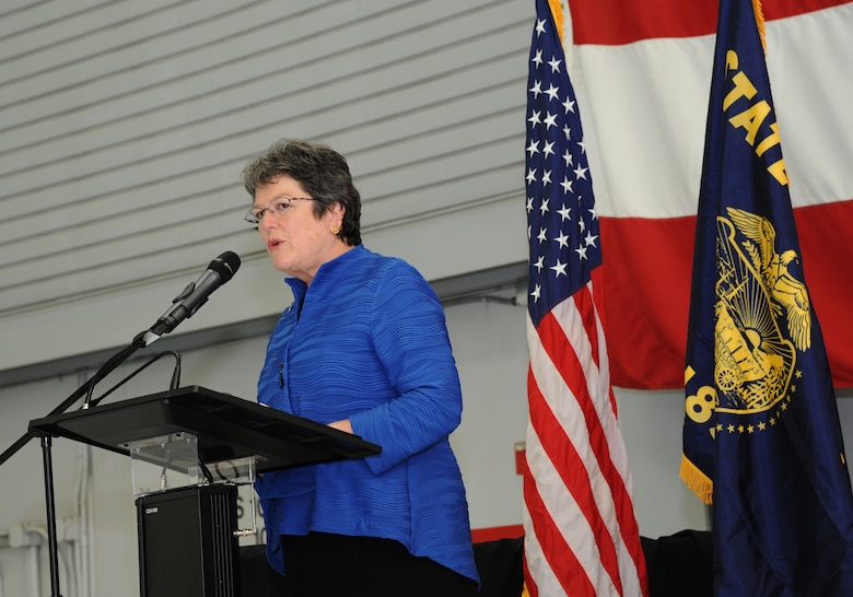 Oregon Secretary of State Jeanne Atkins addresses the Airmen of the 142nd Fighter Wing, coworkers and families during the demobilization ceremony for the 123rd Expeditionary Fighter Squadron, 142nd Fighter Wing, Nov. 6, 2015, Portland Air National Guard Base, Ore. (U.S. Air National Guard photo by Tech. Sgt. John Hughel, 142nd Fighter Wing Public Affairs/Released)