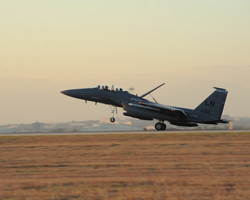 A U.S. Air Force F-15E Strike Eagle lands Nov. 12, 2015, at Incirlik Air Base, Turkey. Six F-15Es deployed to Incirlik AB from the 48th Fighter Wing based at RAF Lakenheath, UK, in support of Operation Inherent Resolve and counter-ISIL missions in Iraq and Syria. The F-15E Strike Eagle is designed to perform air-to-air and air-to-ground missions, and specializes in gaining and maintaining air superiority. (U.S. Air Force photo by Airman 1st Class Daniel Lile/Released)