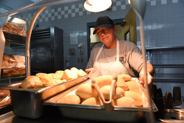 MCGHEE TYSON AIR NATIONAL GUARD BASE, Tenn. - Fresh rolls are placed out on the lunchline here, Nov. 10, 2015, at the Rocky Top Dining Facility. (U.S. Air National Guard photo by Master Sgt. Mike R. Smith/Released)