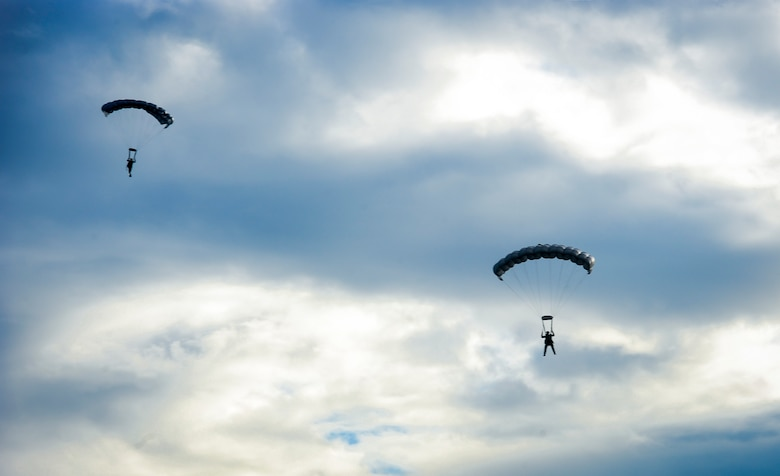 Special operation forces members descend into the Gulf of Mexico during Maritime Craft Aerial Delivery Systems (MCADS) training, Nov. 12, 2015. MCADS enable special operation forces members to rapidly deploy anywhere around the world in a maritime environment. (U.S. Air Force photo by Senior Airman Meagan Schutter)