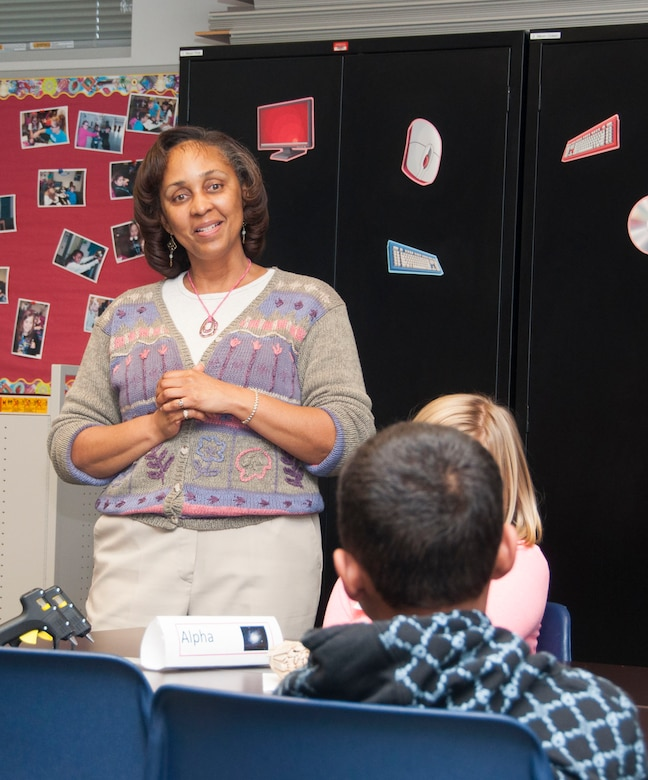 USACE STEM Professionals Share Love Of Engineering