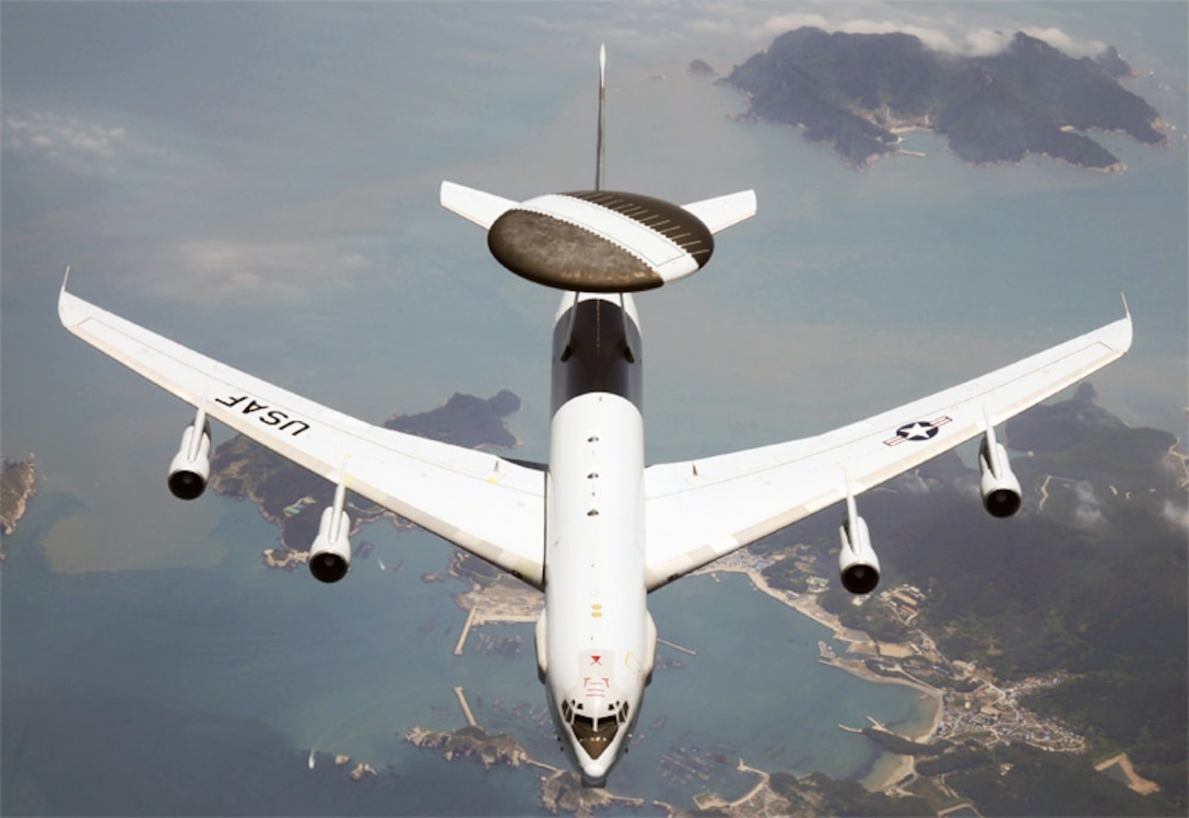 An E-3G Sentry (AWACS) patrols the skies over the U.S. on a recent homeland defense mission. The long-awaited, highly anticipated deployment of the E-3 Block 40/45 is finally over, with the deployment of the first upgraded weapon system to a combat theater of operations. (U.S. Air Force photo)