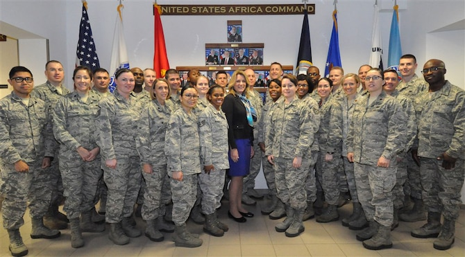 Secretary of the Air Force Deborah Lee James poses with Airmen stationed in Stuttgart, Germany, Nov. 18, 2015. The secretary's visit to U.S. Africa Command concluded with an Airmen's Call where she discussed her top priorities for the Air Force. (Department of Defense photo/Brenda Law)