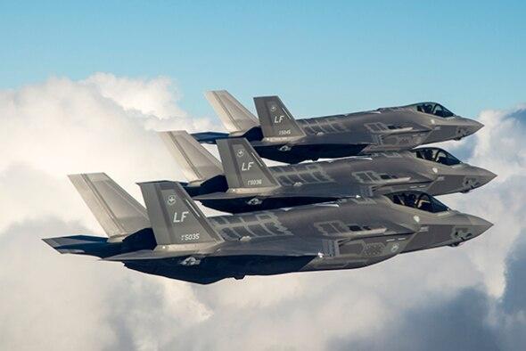 Luke AFB F-35s