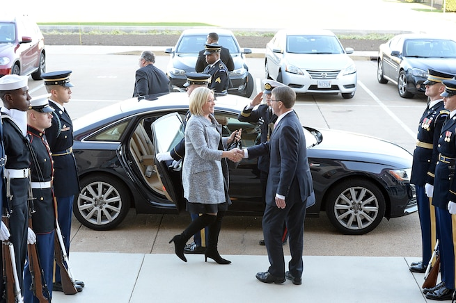 U.S. Defense Secretary Ash Carter hosts an honor cordon to welcome Dutch Defense Minister Jeanine Hennis-Plasschaert to the Pentagon, Nov. 23, 2015. The two leaders met to discuss matters of mutual importance. DoD photo by Army Sgt. 1st Class Clydell Kinchen
