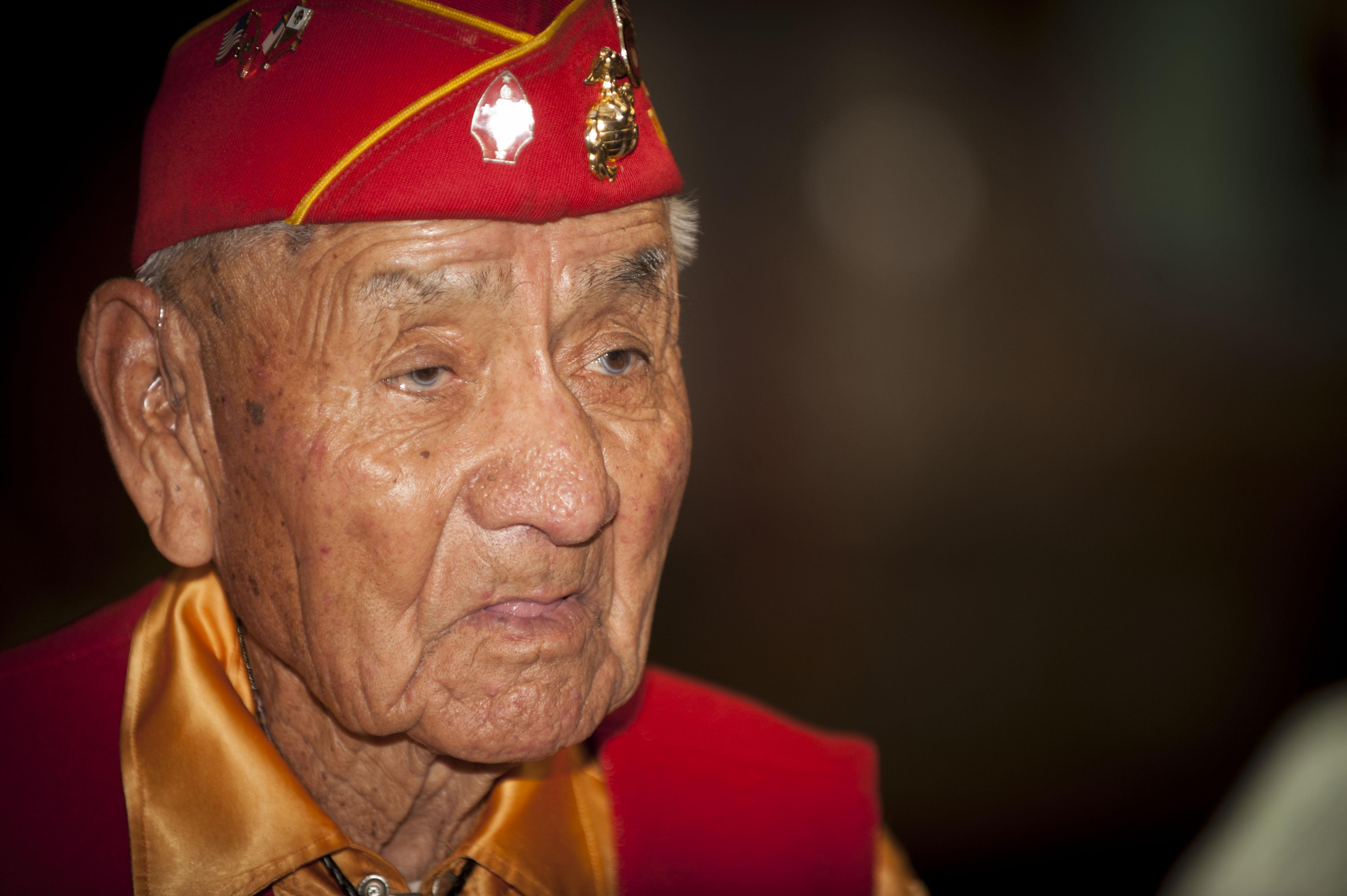 tribal heritage meeting celebrates navajo code talkers air combat