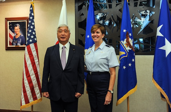 U.S. Air Force Gen. Lori J. Robinson (right), Pacific Air Forces commander, meets with Japan Minister of Defense Gen Nakatani during his visit to PACAF, Joint Base Pearl Harbor-Hickam, Hawaii, Nov. 24, 2015. Nakatani and members of his defense forces were here to conduct bilateral talks with U.S. Pacific Command and PACAF about ongoing and future operations in the Indo-Asia-Pacific region. (U.S. Air Force photo by Tech. Sgt. Amanda Dick/Released)