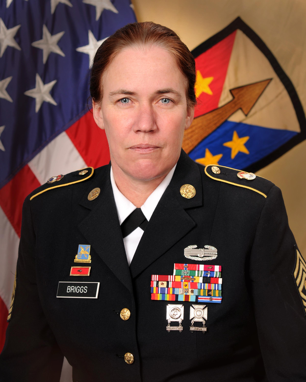 Command Sergeant Major Vicki L  Briggs > U S  Army Reserve > Article