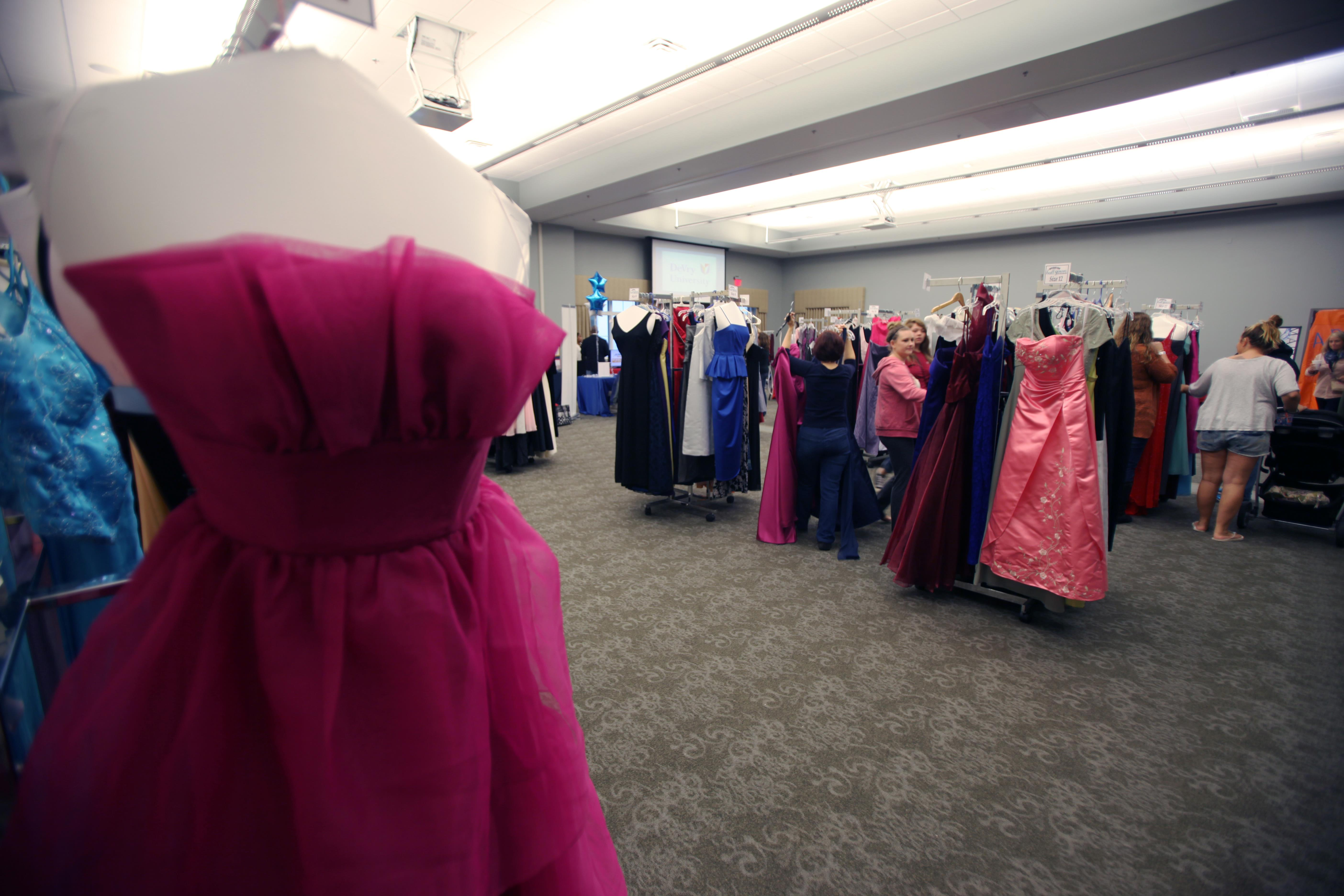 Cherry Point celebrates 7th annual Operation Ball Gown > 2nd Marine ...