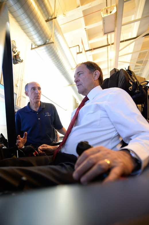 Utah governor gets pilot's view of F-35 > Air Force Reserve