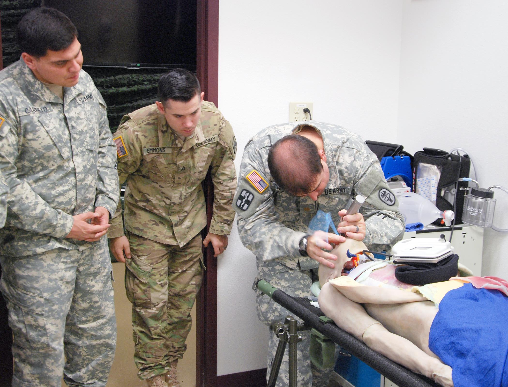 Critical Care Flight Paramedic Program Hosts Second Pilot Course