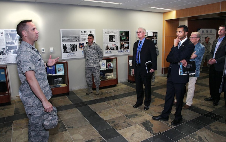 ARPC leadership welcomes local mayors > Air Reserve