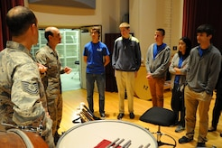 U.S. Air Force Concert Band percussionists Technical Sgt. Adam Green and Master Sgt. Marc Dinitz speak to students from Duke University during a Masterclass session at Joint Base Anacostia-Bolling, Washington D.C., Oct. 13, 2015. The members of Duke University's Wind Symphony visited the U.S. Air Force Band today for an immersion in music and Air Force culture. The students attended Masterclass sessions led by performers from the Band to further develop mastery of their instruments before watching the Concert Band's final rehearsal before their fall tour. (U.S. Air Force photo/Staff Sgt. Matt Davis)