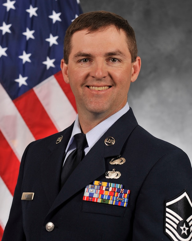 Master Sgt. Gregory T. Kuhse, 38, of Kalamazoo, Mich., died Oct. 11, 2015, in a British Puma Mk2 helicopter crash in Kabul, Afghanistan. (Courtesy photo)