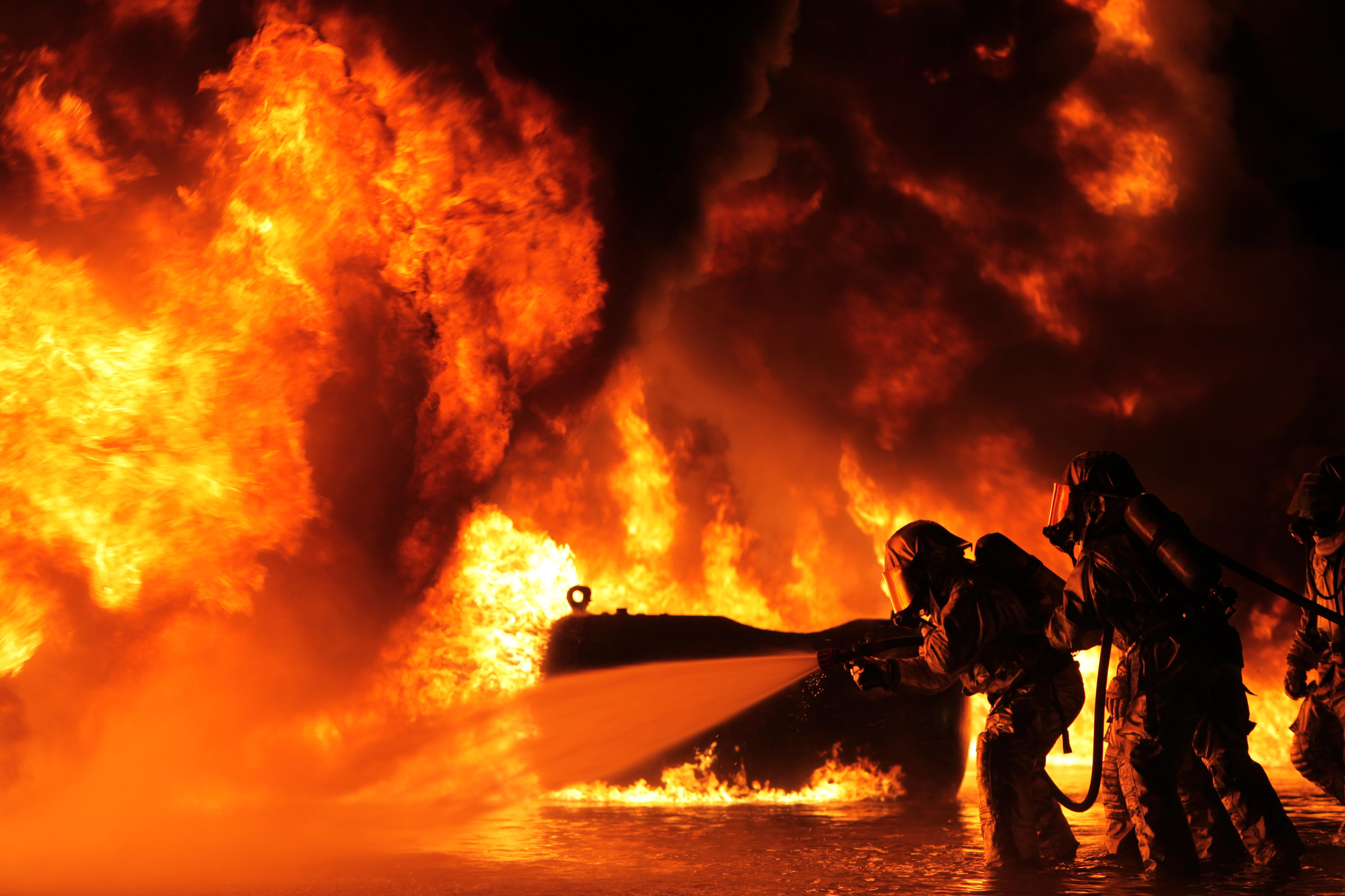 Aircraft Rescue, Fire Fighting Marines train for any ...