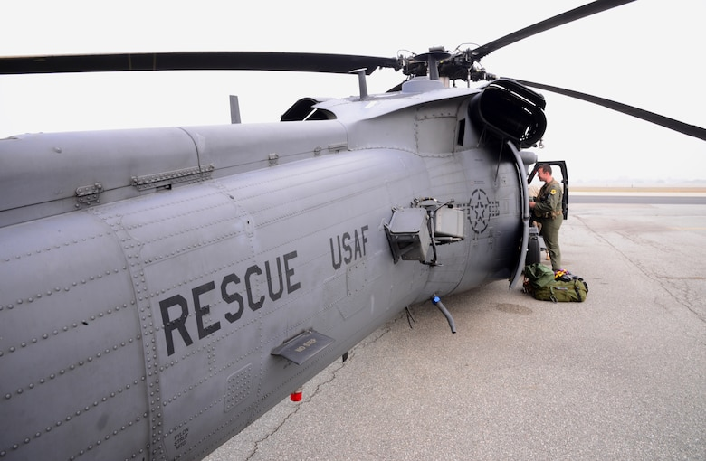 A U.S. Air Force HH-60 Pavehawk from the 33rd Rescue Squadron prepares for takeoff Oct. 16, 2015, at Osan Air Base, Republic of Korea. The helicopter from Kadena Air Base, Japan, and its crew are participating in Exercise Pacific Thunder 15-02. Exercise Pacific Thunder replicates scenarios designed to train crews to execute and validate tactics, techniques and procedures, as well as integrate with combined air and command and control assets. (U.S. Air Force photo by Staff Sgt. Benjamin Sutton)
