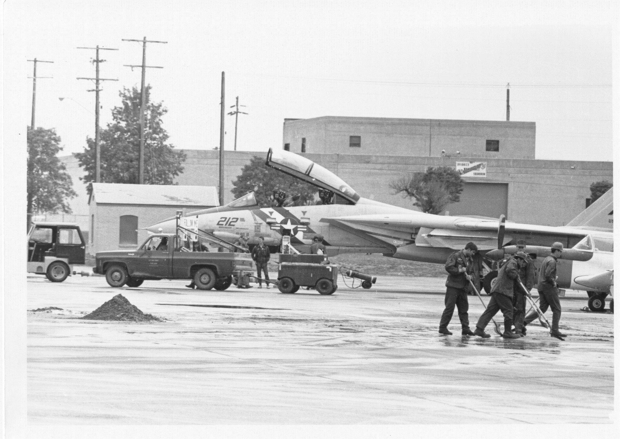 Who Shot J.R.? > Fairchild Air Force Base > Display