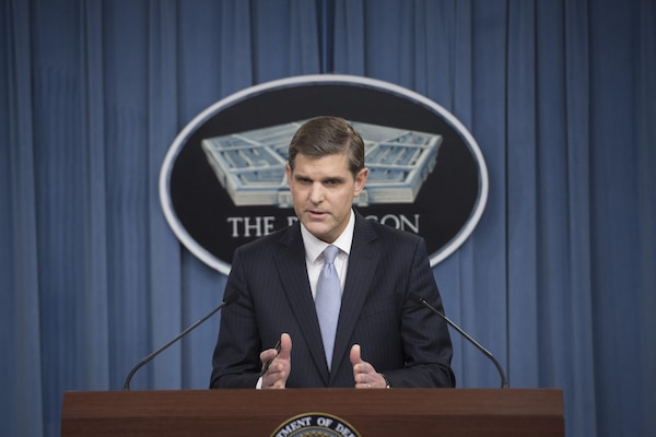 Pentagon Press Secretary Peter Cook conducts a news conference with reporters at the Pentagon, Oct. 22, 2015. DoD photo by Air Force Senior Master Sgt. Adrian Cadiz