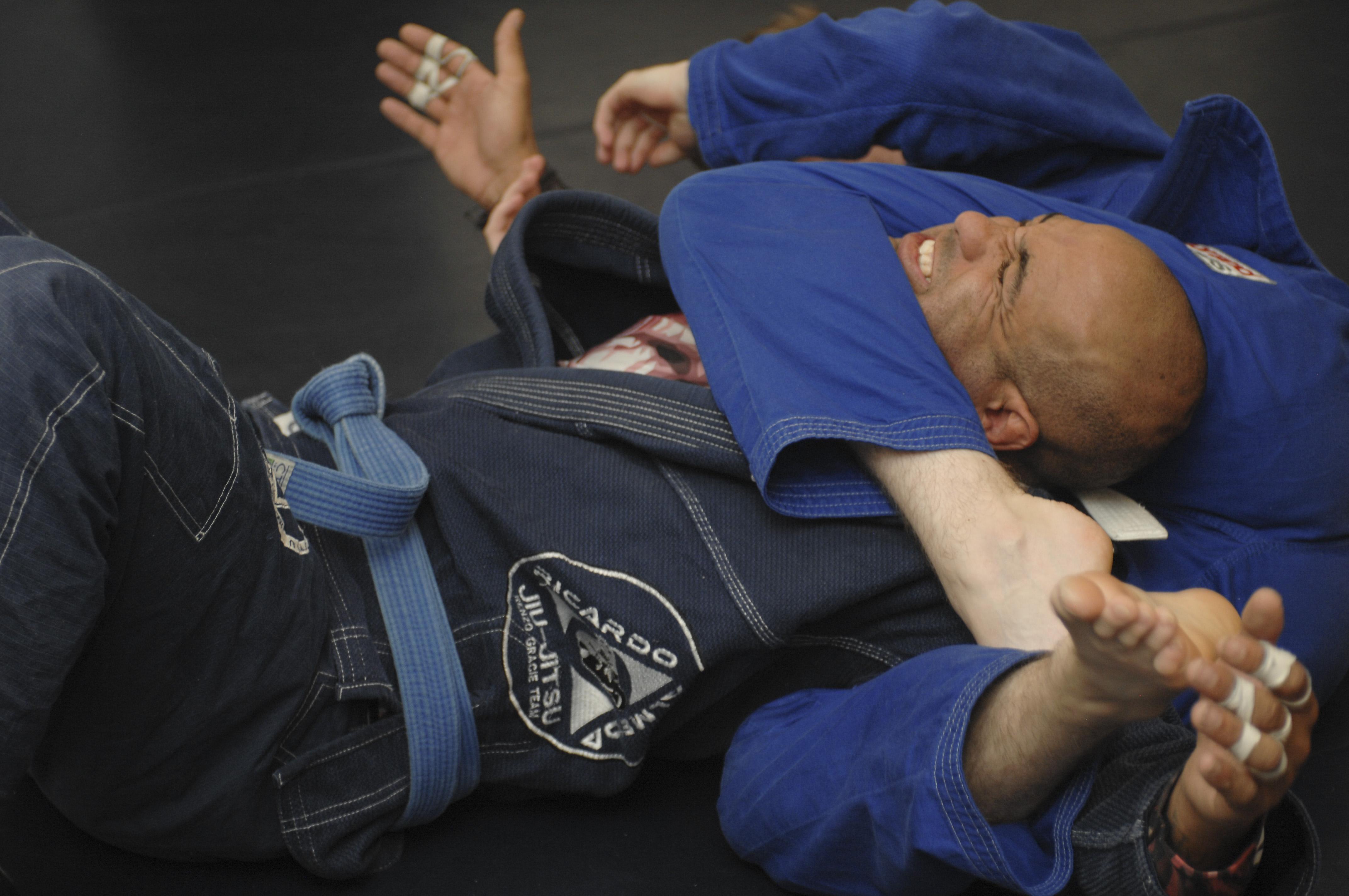Free Brazilian jiujitsu class available at D-M > Davis
