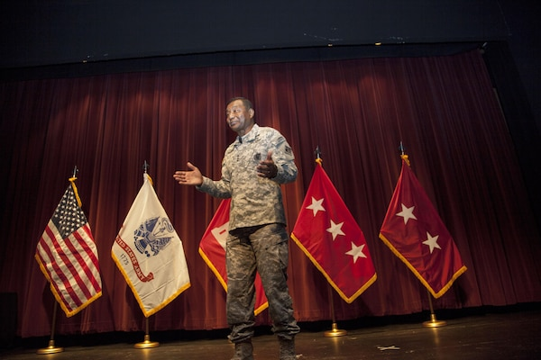 ST. PAUL, Minn. – Lt. Gen. Thomas Bostick, Chief of Engineers and Commanding General, U.S. Army Corps of Engineers, talks about the challenges and opportunities the Corps of Engineers faces in the future during a town hall at the district's headquarters in St. Paul, Minnesota, Sept. 1.