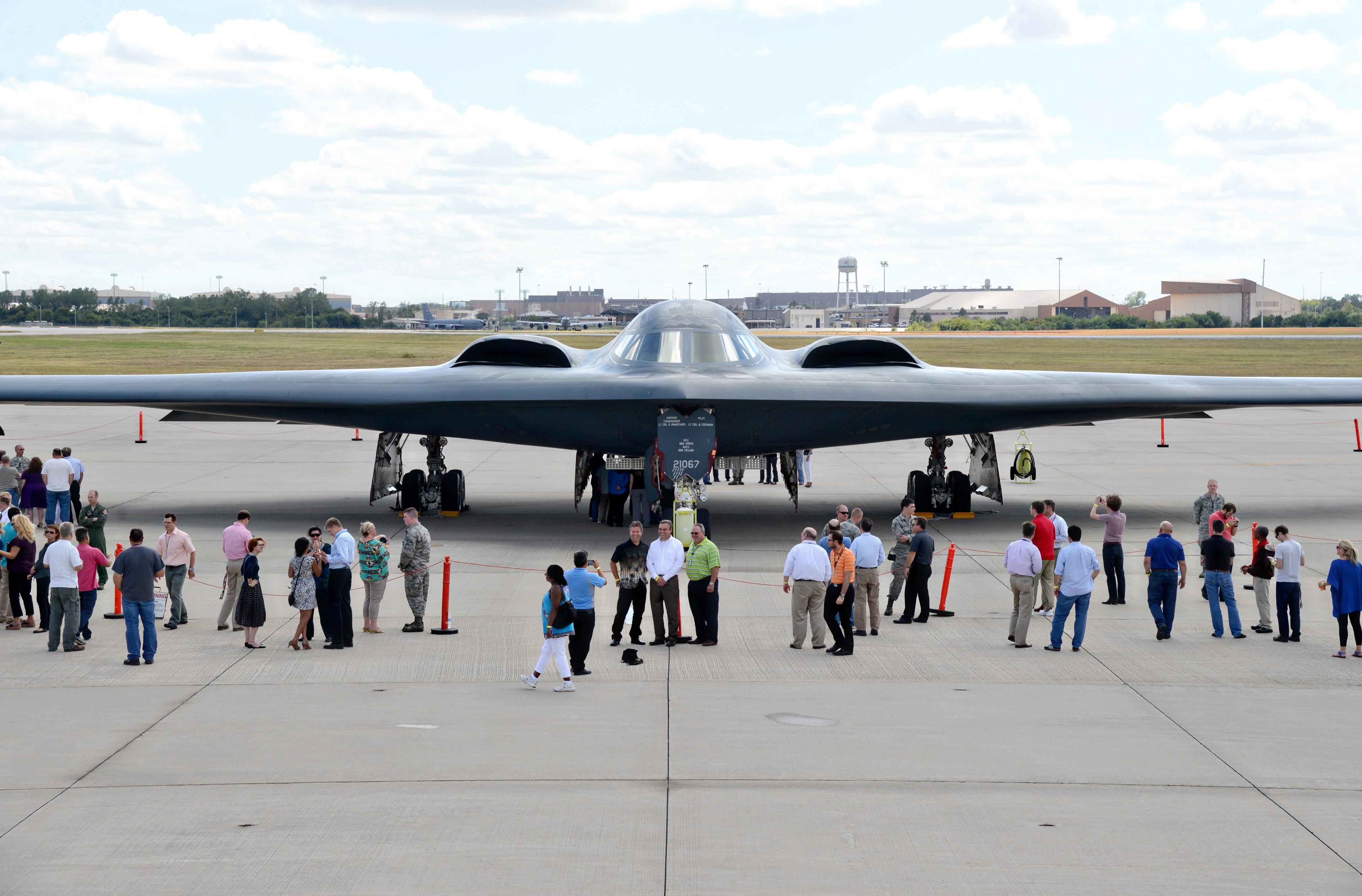 b 2 visits tinker s spirit support team tinker air force base
