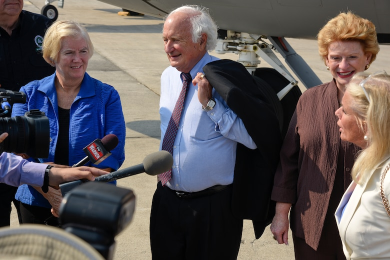 150902-Z-MI929-009 – U.S. Reps. Candice Miller, R-Mich., and Sander Levin, D-Mich., U.S. Sen. Debbie Stabenow, D-Mich., and U.S. Rep. Debbie Dingell, D-Mich., speak with reporters during a tour of Selfridge Air National Guard Base, Mich., Sept. 2, 2015. Seven members of the Michigan Congressional delegation spent Sept. 2 and 3 touring the major military installations located in Michigan. (U.S. Air National Guard photo by Terry Atwell / Released)
