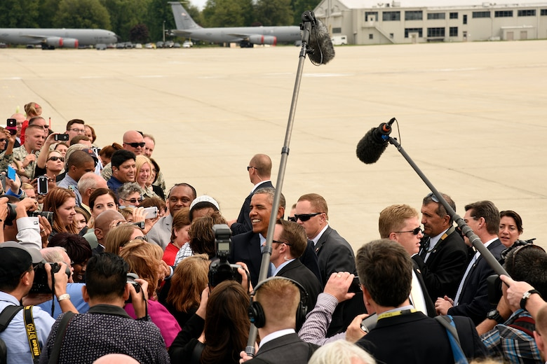 President Barack Obama shakes hands with Airmen and civilian guests during a brief stop at Selfridge Air National Guard Base, Mich., Sept. 9, 2015. The president stopped at the base during a trip to nearby Macomb Community College in Warren, Mich., to discuss federal higher education initiatives. (U.S. Air National Guard photo by Master Sgt. David Kujawa / Released)