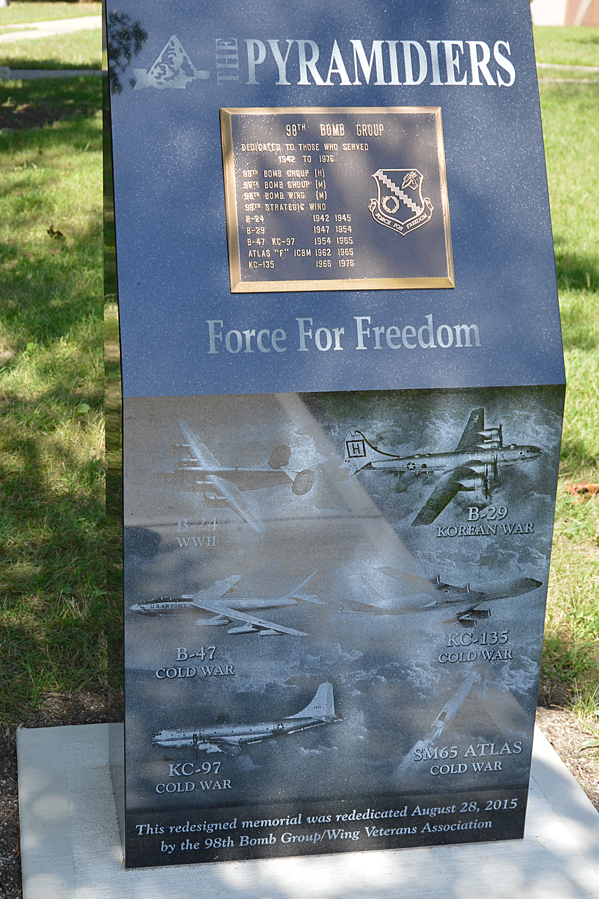 DAYTON Ohio 98th Bomb Group Memorial In Park At The National Museum