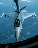 A Vermont F-16 Fighting Falcon, assigned to the 158th Fighter Wing, receives fuel from a KC-135 Stratotanker, from the 157th Refueling Wing, as part of the Boss Lift 2015,  Aug. 14, 2015. The Employer Support of the Guard and Reserve program recognizes employers of drill status guardsmen by giving them an opportunity to ride during a refueling mission. (U.S. Air National Guard photo by Airman 1st Class Jeffrey Tatro)