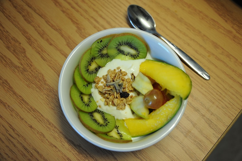 A vanilla greek yogurt parfait is shown at Davis-Monthan Air Force Base, Ariz., Sept. 11, 2015. This dish is one example of the healthy snack alternatives the Davis-Monthan AFB Health and Wellness Center offers to prepare during its nutrition classes. (U.S. Air Force photo by Airman 1st Class Ashley N. Steffen/Released)