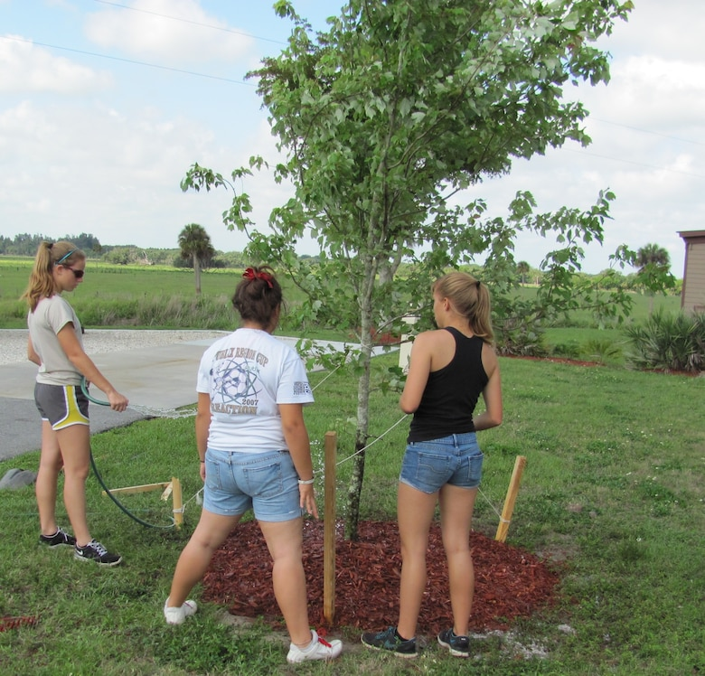 Volunteers plant trees at W.P. Franklin Lock Recreation Area