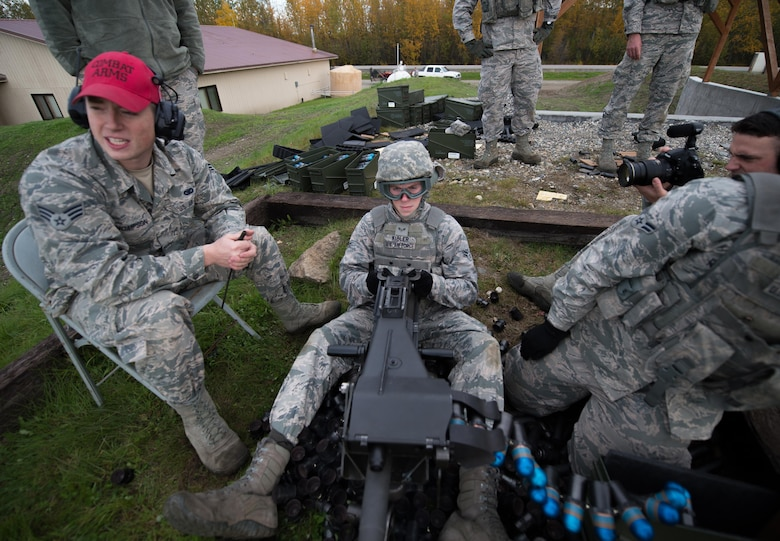 Airman 1st Class Nathaniel Kibler, a 354th Security Forces Squadron response force member, fires a Mark 19 grenade launcher during qualification training Sept. 9, 2015, at Eielson Air Force Base, Alaska. To be qualified on the weapon members of the squadron must show proficiency annually. (U.S. Air Force photo by Staff Sgt. Shawn Nickel/Released)