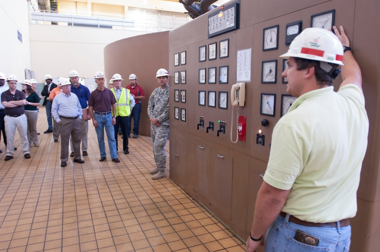 Will Garner, journeyman power plant operator at the Old Hickory Dam Power Plant in Hendersonville, Tenn., leads Team Cumberland on a tour of the power plant Sept. 15, 2015. The plant on the Cumberland River is operated by the U.S. Army Corps of Engineers Nashville District. (USACE photo by Leon Roberts)